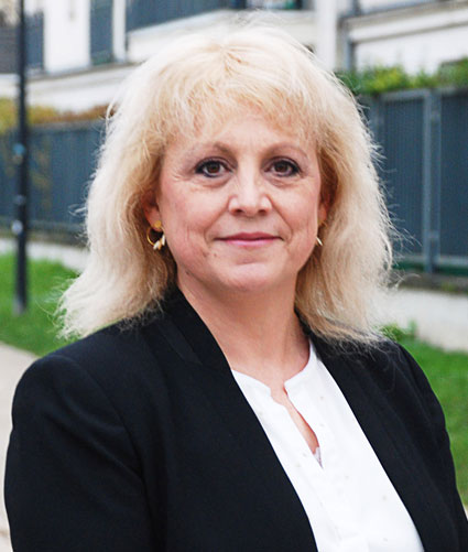 Karine REVERTE – 50 ans